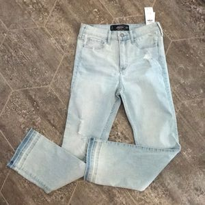 Juniors Hollister cropped skinny high-rise  sz  5